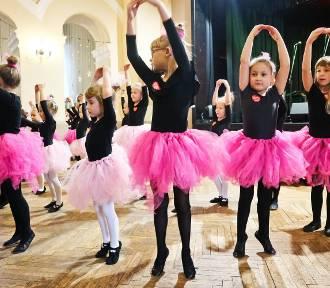 WOŚP w Wieluńskim Domu Kultury. Występy taneczne i muzyczne [ZDJĘCIA, WIDEO]
