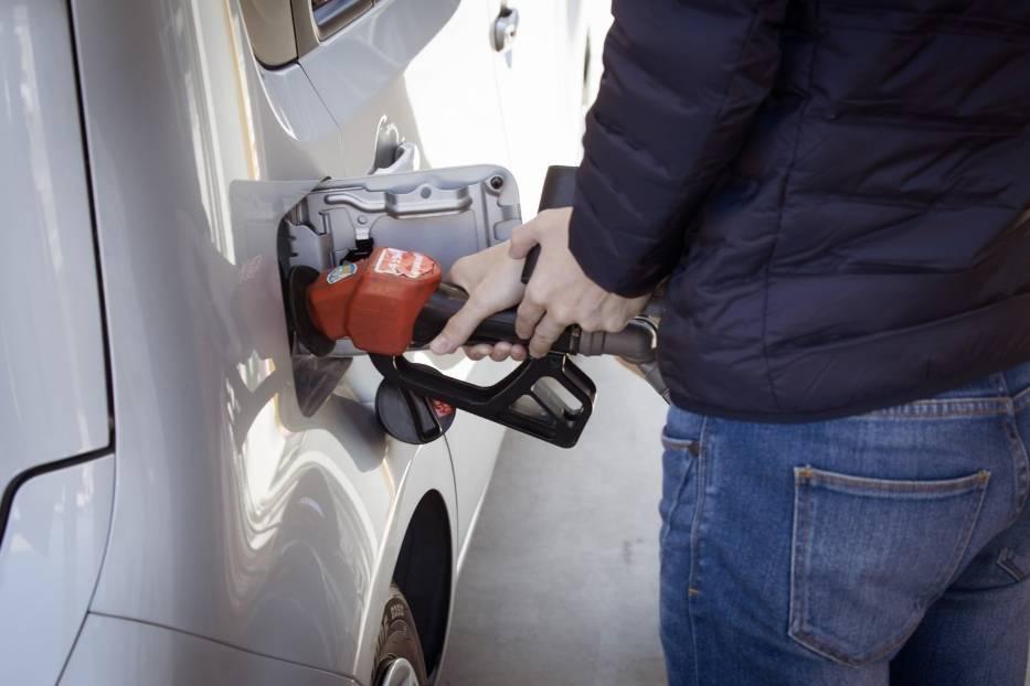 Podajemy aktualne ceny paliw na stacjach w Zielonej Górze >>>