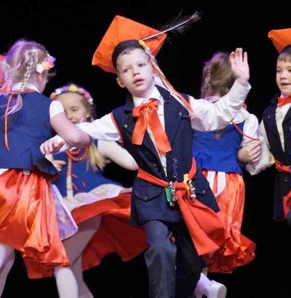 Przedszkolny Przegląd Tańca Ludowego w Inowrocławiu