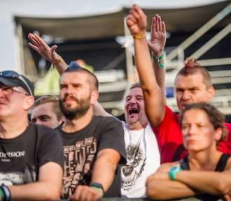 Cieszanów Rock Festiwal 2019 trwa w najlepsze. Na koncertach bawią się tłumy [ZDJĘCIA]