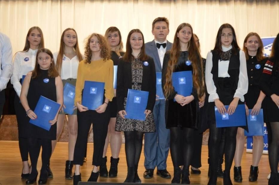 W niedzielę w Państwowej Szkole Muzycznej I stopnia w Skarżysku - Kamiennej odbył się 40 koncert charytatywny Fundacji Daj Szansę