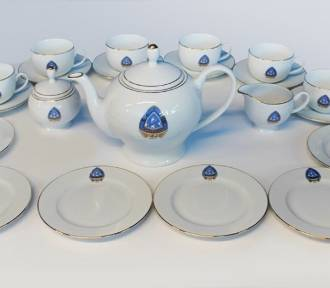 Ruch Chorzów ma porcelanowy serwis kawowy z okazji 100-lecia.