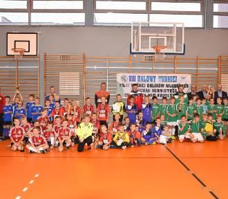 Grodzisk Wielkopolski: Halowy Turniej Orlików Młodszych w piłce nożnej