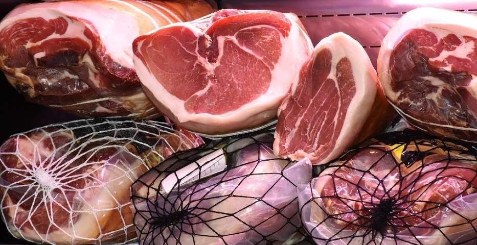 Czerwone mięso – wieprzowina, wołowina i wędliny