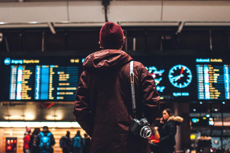 Jak wynika z badania Monitor Rynku Pracy firmy Randstad, 76% Polaków nie zamierza wyjechać do pracy za granicę