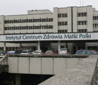 """13-miesięczna dziewczynka z Piotrkowa poparzyła się """"kretem""""."""