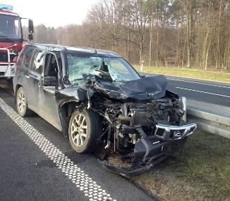 Borkowo: ciężarówka zderzyła się z samochodem osobowym! Jedna osoba poszkodowana