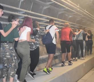 Ćwiczenia na stacji metra. Próbna akcja ratunkowa na nowym odcinku