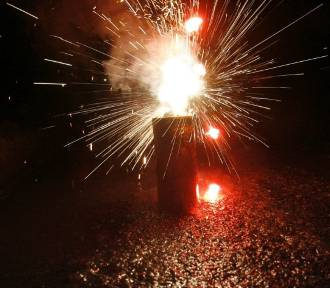 Uważajcie z fajerwerkami na Sylwestra i Nowy Rok. O czym należy pamiętać?