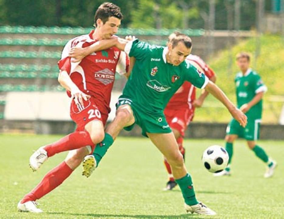 Marcin Folc (z prawej) przekonał  do siebie trenera Zagłębia