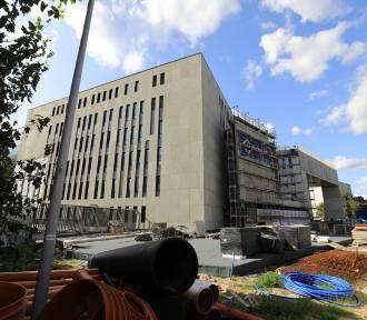 Na budowie Sądu Rejonowego prace idą pełną parą! [zdjęcia]