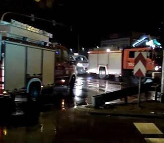 Czołowe zderzenie w Gliwicach na DK44. 5 osób, w tym dzieci, w szpitalu