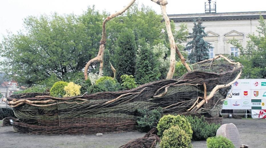 Największy wiklinowy kosz w Europie z Nowego Tomyśla to jedna z promowanych atrakcji