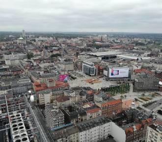 Katowice wydały 5,5 mln zł na wymianę starych lamp ulicznych. Ma być jaśniej i bardziej eko
