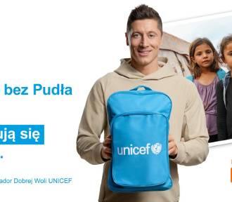 """Robert Lewandowski, Ambasador Dobrej Woli UNICEF, wspiera akcję """"Prezenty bez Pudła"""""""