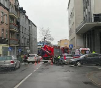 Katowice: Wypadek na Francuskiej. Autobus zderzył się z BMW