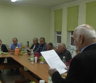 Seniorzy walczą o Dom Kultury [FOTO]