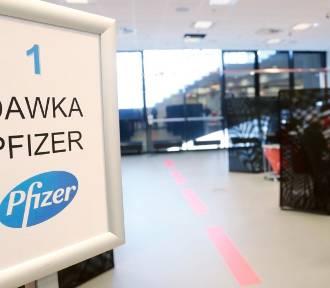 Ile Pfizer zarabia na szczepionkach? Zyski są gigantyczne!