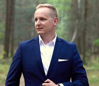 """""""Bezpańskie psy"""" - literacki debiut Szymona Wojtyniaka z Głogowa"""