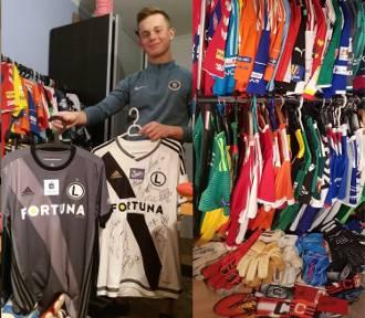 Nowy Sącz. Tymek zbiera koszulki prosto od piłkarzy