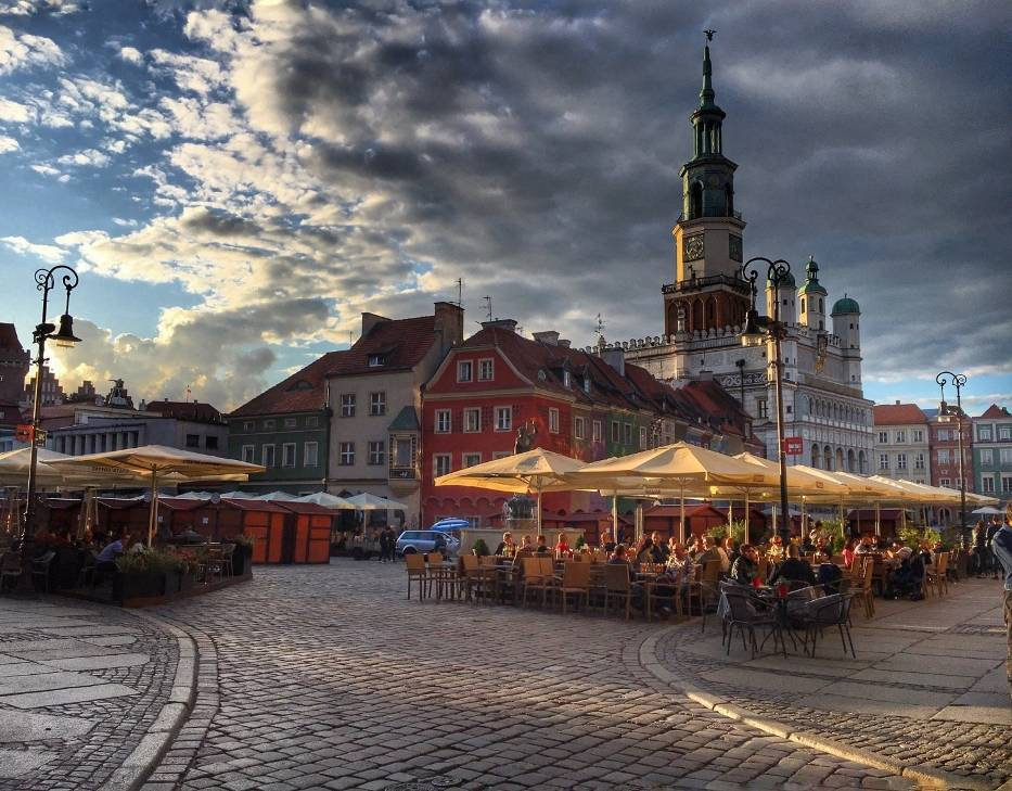 Poznań – umowa o pracę