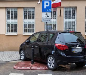 Mistrzowie Parkowania cz. 31. Ci kierowcy mogą więcej [ZDJĘCIA]