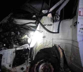 Wypadek drogowy pod Łowiczem. Jedna osoba trafiła do szpitala [ZDJĘCIA]