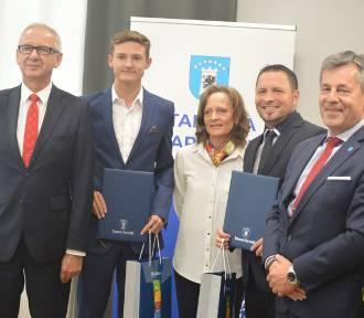Krzysztof Różnicki otrzymał Nagrodę Starosty Kartuskiego