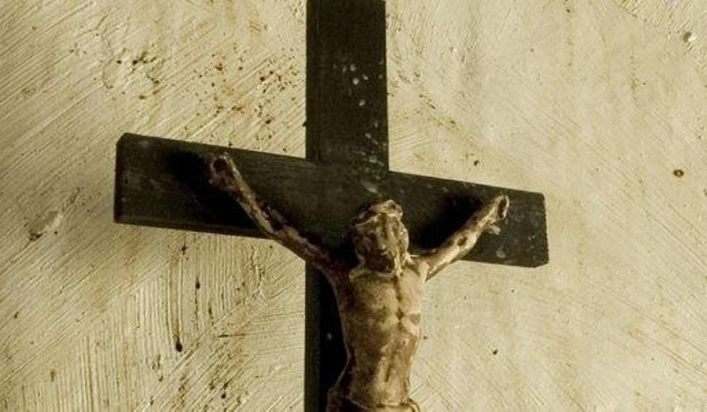 Czy krzyż powinien wisieć w sali obrad magistratu?