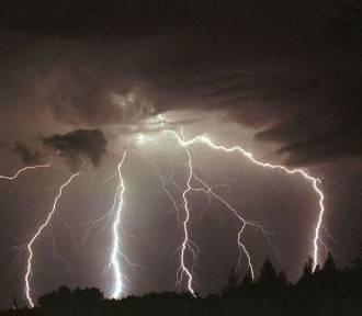 Uwaga! Mogą wystąpić burze z gradem w województwie dolnośląskim (OSTRZEŻENIE METEO)