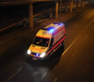 Zderzenie karetki wiozącej noworodka z taksówką