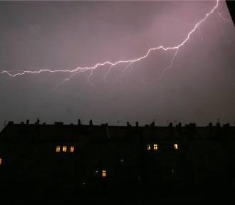 Pogoda we Wrocławiu. Będą burze z gradem [OSTRZEŻENIE METEOROLOGICZNE, gdzie jest burza?]