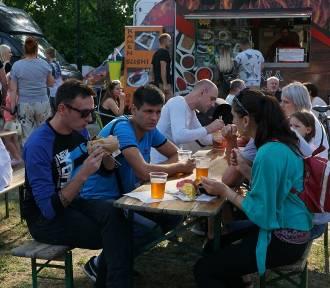 Festiwal Dobrego Jedzenia i Piwa w Parku Miejskim w Sycowie. Wspominamy Food Truck Festival [ZDJĘCIA]