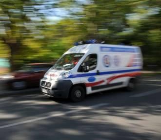 Pijany kierowca zderzył się z karetką pogotowia i uciekł z miejsca zdarzenia
