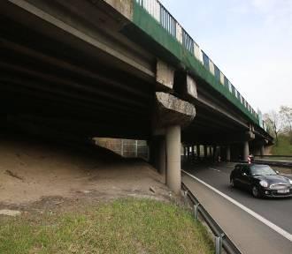 Przebudowa wiaduktu w Murckach wchodzi w kolejną fazę. Znów zmiany w ruchu na DK86