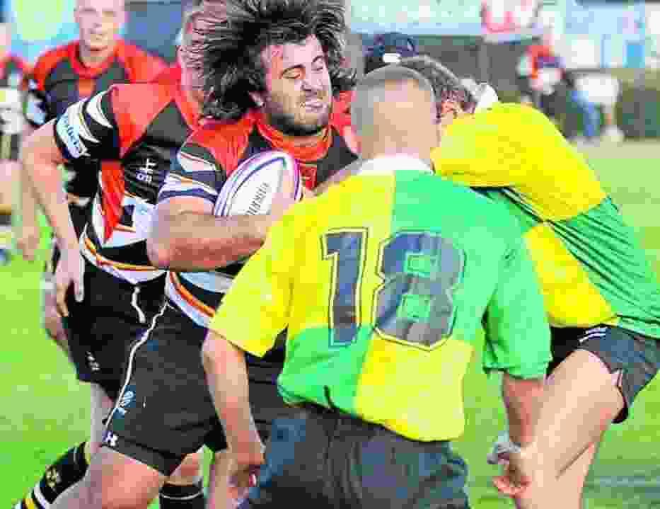 Rugbyści Posnanii (w zielono-żółtych koszulkach) byli w sobotę zdecydowanie słabsi od rywali z Łodzi
