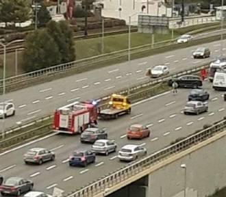 Katowice: Zderzenie samochodów na DTŚ przy Silesia City Center