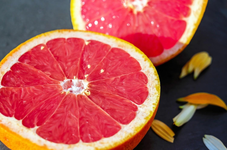 Grejpfrut - 1,77 g(zawartość w 100 g produktu)