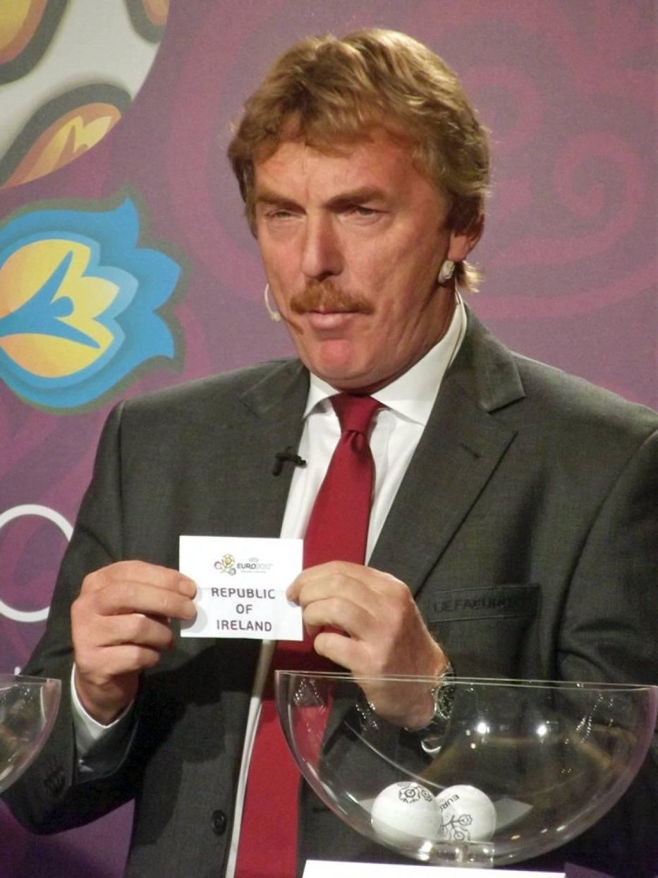 Zbigniew Boniek podczas losowania baraży o udział w UEFA EURO 2012, które odbyło się w Hotelu Sheraton w Krakowie, http://pl