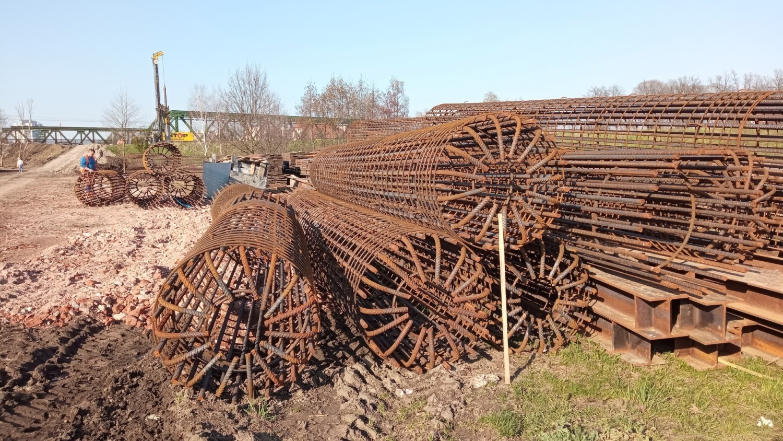 Budowa nowego mostu kolejowego nad Odrą w Opolu - część zaplecza