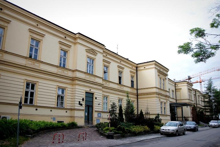 Wojewódzki Specjalistyczny Szpital Dziecięcy im. św. Ludwika ul. Strzelecka 5