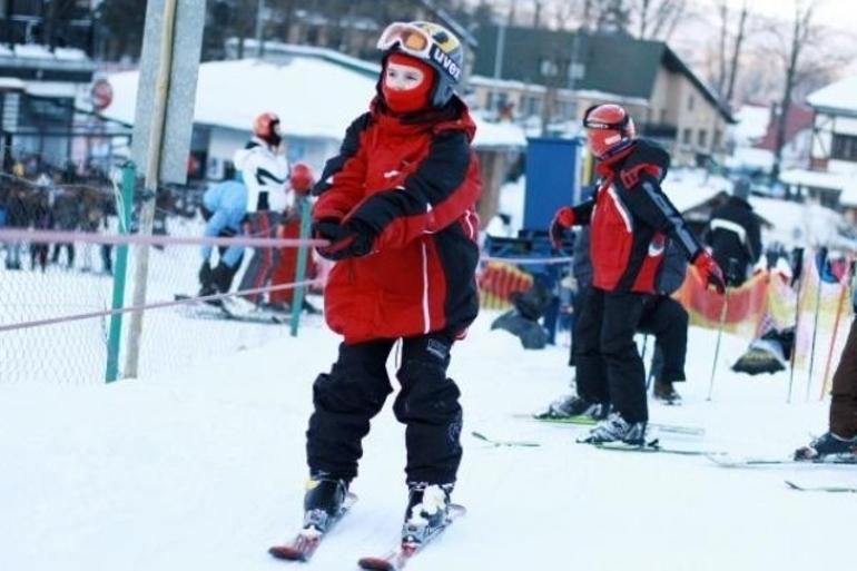 Wyciąg i stok narciarski Wujskie