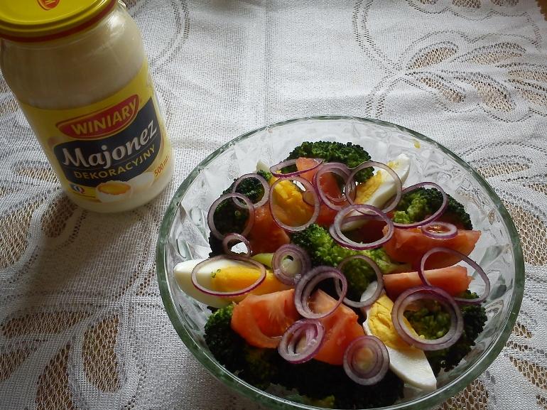 Wiosenna sałatka z majonezem