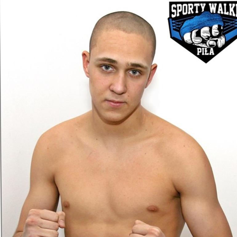 Jakub Szymanowski (Sporty Walki Piła) – kickboxing