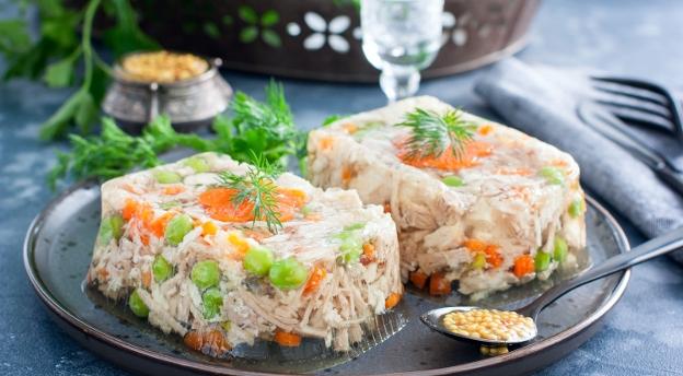 Tak się jadło w PRL-u! Co wiesz o kulinarnych hitach sprzed lat? QUIZ
