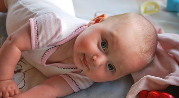 Nieprawdopodobne, że ludzie w to wierzą! Czy znasz te przesądy na temat ciąży i małych dzieci? QUIZ