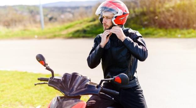 Chcesz wyrobić prawko na motocykl? Odpowiedz na pytania z oficjalnych testów! QUIZ