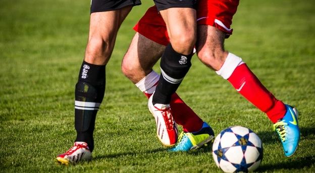 Sprawdź, co wiesz o zasadach piłki nożnej! QUIZ dla wiecznie początkujących