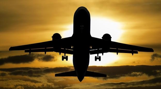 Czy mógłbyś zostać kontrolerem lotów? Sprawdź się w teście osobowości i zadaniach na inteligencję!