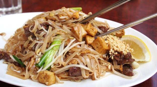 Pałeczki w dłoń! Co wiesz o kuchni azjatyckiej?